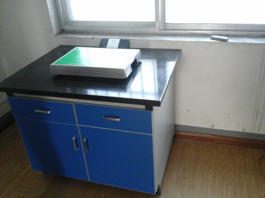 徐州鑫宏实验室家具 天平台 天平台减震器