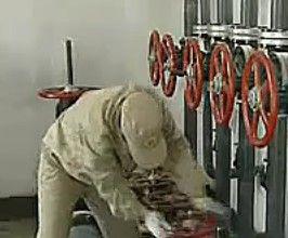 磁翻板液位计计量油的实验