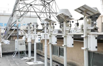 郑州有240余个环境监测点位 颗粒物监测仪可拿到现场监测